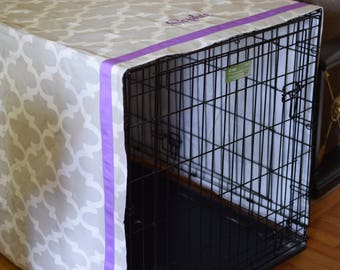 Personalized Grey Crate Cover with Lilac Monogram|| Quatrefoil with Purple Name and Trim  || Dog Kennel Cover  || Gift by Three Spoiled Dogs