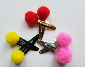 Pom Pom hair clips for babies, toddlers, older girls and adults.