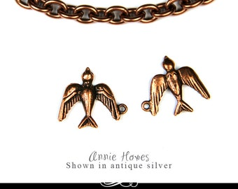 Sparrow Charm in Vintage Copper. A Charming Little Bird for your Jewelry. Single Pack.