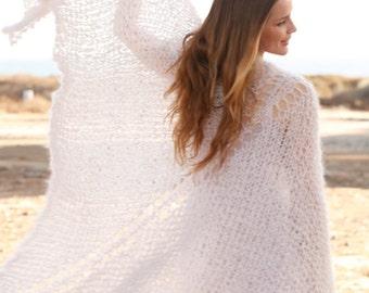 Knitted shawl,Wedding shawl,large knit shawl bridal shawl,knitted shrug..Made to order