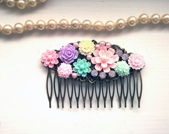 Flower Hair comb Pink hair comb bridal pink comb womens gift wife gift rhinestone comb pink stone comb bead hair comb pink bridal comb gift