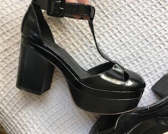 Beautiful platform glamour sandals / Mary Janes shoes black