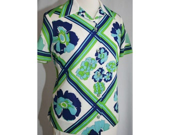 Size 14 60s Shirt - Navy & Lime Floral Lattice Polyester Top - Large - Blue - Green - Short Sleeved - 1960s - Casual Top - Bust 42- 31728