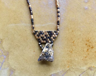 Seedbead necklace, seedbead choker, pyrite necklace, brickstitch necklace, gold druzy