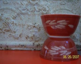 Vintage Pyrex 402 Autumn Harvest Nesting Bowls