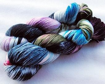 Handdyed SockYarn, 75 Wool, 25 Polyamid 100g 3.5 oz. Nr. 142