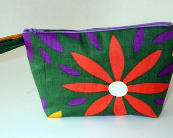 Vintage Fabric Cosmetic Pouch or Organizer Bag in Vintage Daisy Print Fabric, Small Organizer Purse