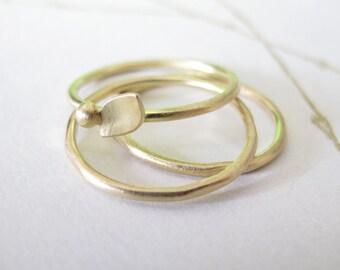 18k Gold Stacking Ring Set minimalist rings modern leaf 18 karat gold band