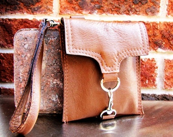Antique tan leather wristlet, small leather case, small iPhone case wallet, credit cards wallet, Custom to fit iPhone 6, 6s, 7, 8 and X