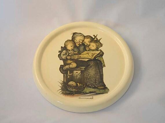 Vintage Glazed Chalkware Plaster Plaque.. BERTA HUMMEL Picture Luray Caverns VA