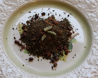 Nonna's Notte Herbal Tea: a carob-mint organic brew
