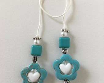 String Bookmarker w/ white heart in teal beading
