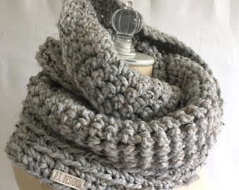 Infinity scarf ~ chunky wool blend ~ hand knit ~ double loop ~ style #1022 shown in Gray Heather ~ choose your own color