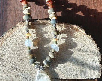"22"" Beaded Stone Necklace"