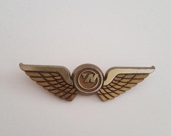 "Vintage Northwest Oriet Airlines Junior Pilot plastic wings, measures 2 5/8"" wide"