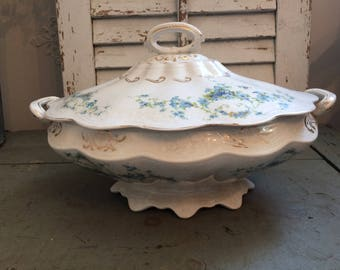 Vintage CP Dixie Co. vegetable tureen