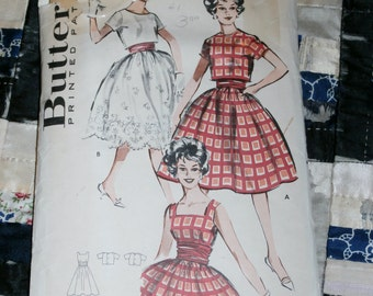 "1950s Vintage Butterick Pattern 8983 Teen Dress and Jacket Size 9, Bust 30 1/2"" Waist 23 1/2"", Hip 32 1/2"""