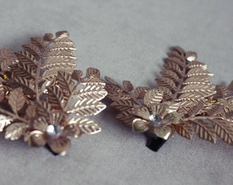 Set 2 stainless steel leaves hair accessories with stones