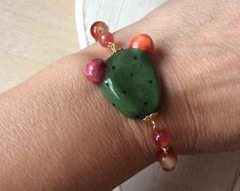 Bracelet with prickly Pear