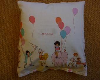 Cushion cover PARADE for dreamy NAPs!