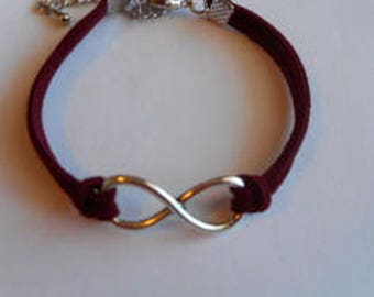 Infinity bracelet suede cord red bordeaux/party/gift end of year/birthday/thank you