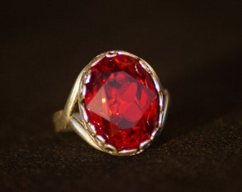Antique silver ring with rivoli oval Ruby