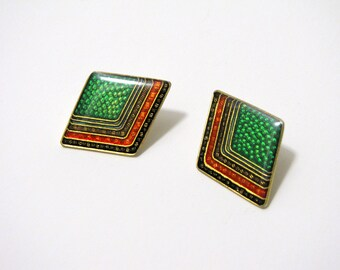 Vintage Diamond Shaped Green Red Glossy Stud Post Earrings, Triangular Patterned Colorful Geometric Earrings