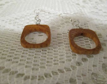 Wooden earrings -  hand made in Ste-Beatrix - Lanaudiere - Quebec - Canada