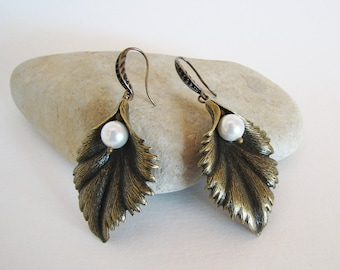 White pearl leafs earrings, women boho earrings