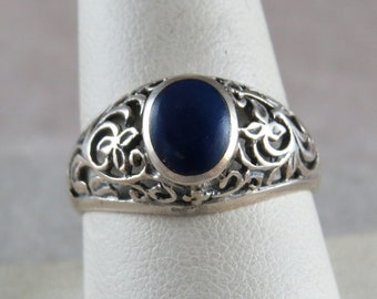 Vintage Sterling Silver and Lapis Lazuli Stone Ring Size 9