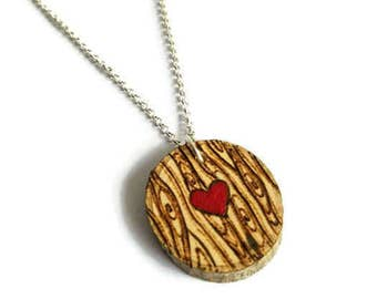 Wood grain Necklace, wood heart necklace, girlfriend gift, statement necklace, rustic necklace, rustic gift, wooden necklace, wooden pendant