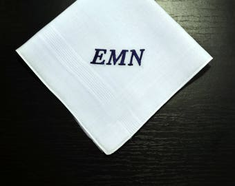 Monogrammed embroidered mens hanky, initialed mens handkerchief, mens hankies, Hankerchief for Men, Custom gift for the Groom, Wedding gifts