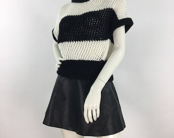 1980s knit short sleeve top, 80s black and white knit short sleeve