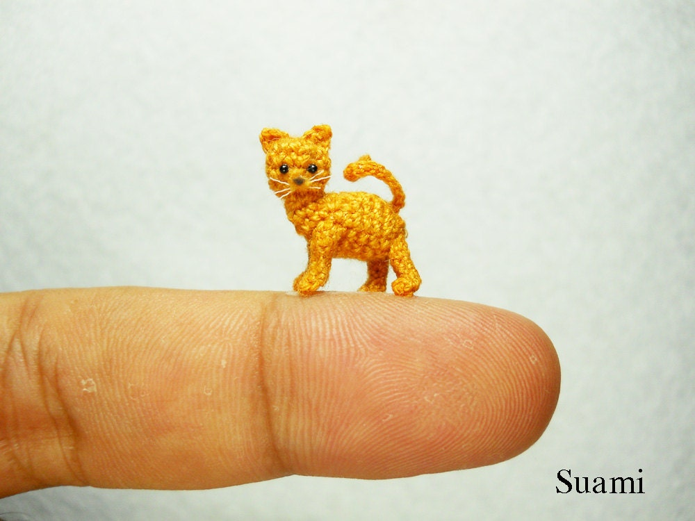 Amigurumi Kitten Patterns : Tiny crochet kitty cat micro amigurumi miniature kitten toy