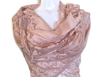 Blush Lace Shawl, Soft Tulle Buttercup, Powder Pink Scarf, Wedding Shawl, Lace Bridal Shawl, Bridesmaids Gift, Evening Shoulder Wrap,Elegant
