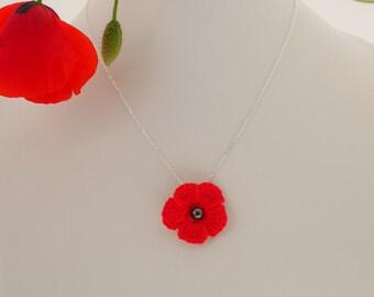 Silver poppy necklace