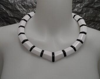 Vintage Black & White Geometric 1980's Beaded Necklace