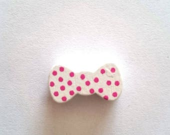 Bow tie white wood beads