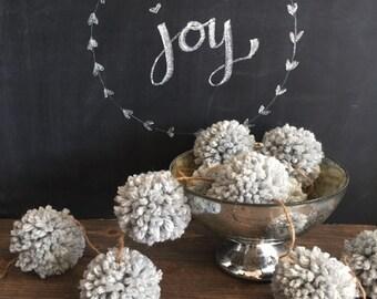 Gray Pom Pom Garland, Pom Poms, Chunky Yarn, Birthday Garland, Birthday Backdrop, Party Decor, Nursery Decor, Photo backdrop