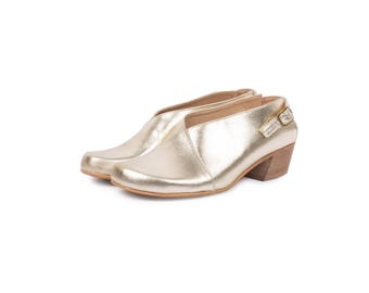 Gold shoes Slingback leather shoes womens Sandals close toe wide low heel Handmade ADIKILAV free shipping