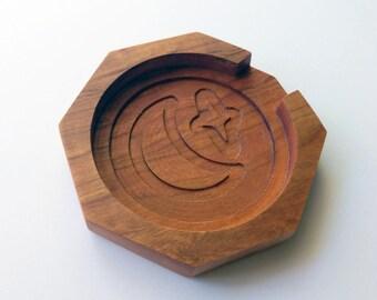 Mystic Mug Keeper - Cherry Hardwood Mug Coaster