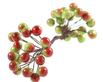 20 x Double berries Red green Ø11mm, decoration floristry Decorating
