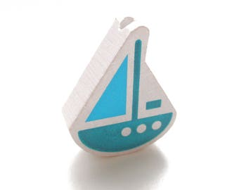 Wooden boat white, blue & Turquoise bead
