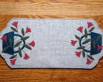 Spring Flower Penny Wool Table Runner
