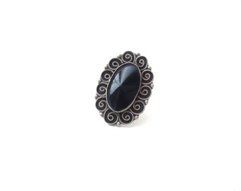 Hecho en Mexico / Made in Mexico 925 FHC Stamped Sterling Silver & Black Onyx Oval Shaped Swirling /Swirly Adjustable Cocktail Ring