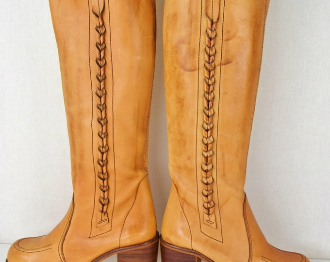 NOS ~ Vintage 1970s Womens Thom McAn Tall Knee High Campus Boot Platform Stacked Heel Hand tooled Leather Western HiPPiE Cowboy Boots Size 7
