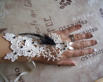 Bridal ivory beaded lace feather black wedding ceremony evening pair of fingerless gloves mittens