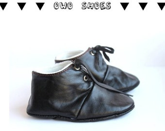 12-18 Months Slippers / Baby Shoes Lamb Leather Black
