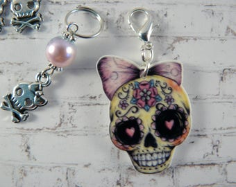 Sugar Skull Stitch Markers Set, Stitch Markers, Crochet Markers, Knitting Accessories, Beaded Markers, Resin Charm, Skull and Crossbow