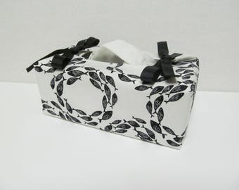 Tissue Box Cover/Fish